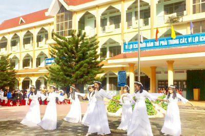 """Chương trình ngoại khóa """"Cánh cò trong câu hát"""" Chào mừng 90 năm ngày thành lập Hội Phụ nữ Việt Nam (20/10/2030-20/10/2020)"""
